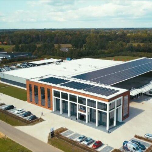 Van Raam opent grootste en meest duurzame fietsfabriek van Nederland