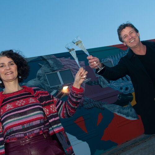 Voorzitter MKB Nederland opent praktijk Paola Pisu in Zwols kantoorgebouw De Verbinding