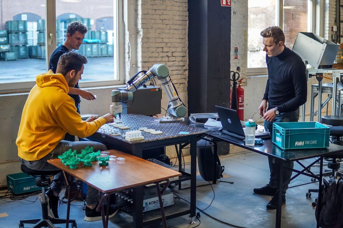 Machinebouwer VMI start samenwerking met Perron038