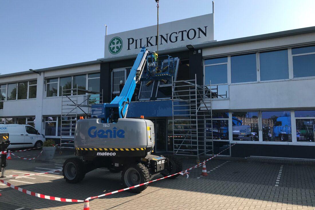 Wereldprimeur bij glasfabrikant Pilkington Nederland B.V.